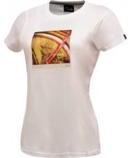 Dare2b Bayanlar iki beyaz t-shirt alıyor